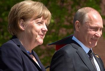 مرکل: دوست داریم از برجام حمایت کنیم/ در این خصوص با پوتین مذاکره خواهیم کرد